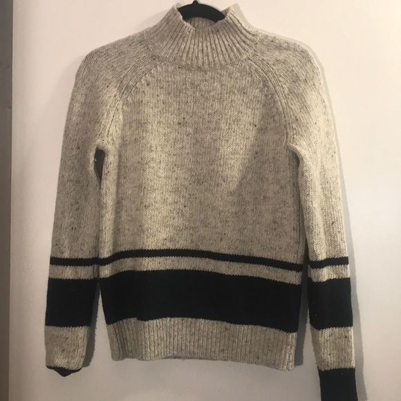 8453189a4b Women's THEORY Mock Neck Sweater Size Small. M_5ab44d9331a3763834a76560